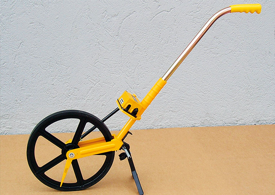 Cable Length Measuring Equipment : Cable laying equipment at the manhole length